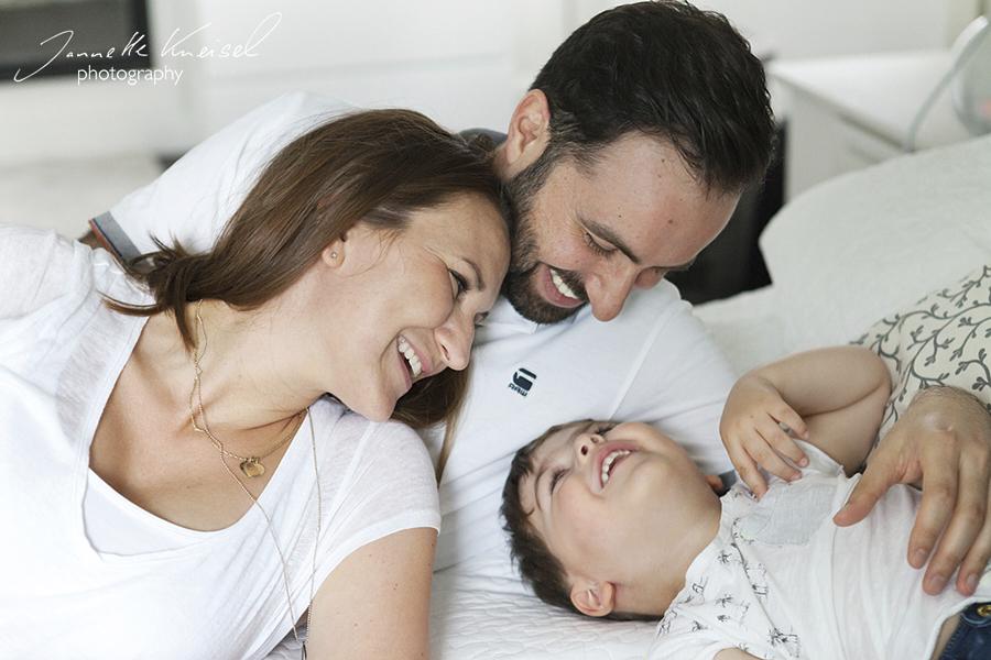 lachende Familienfotos