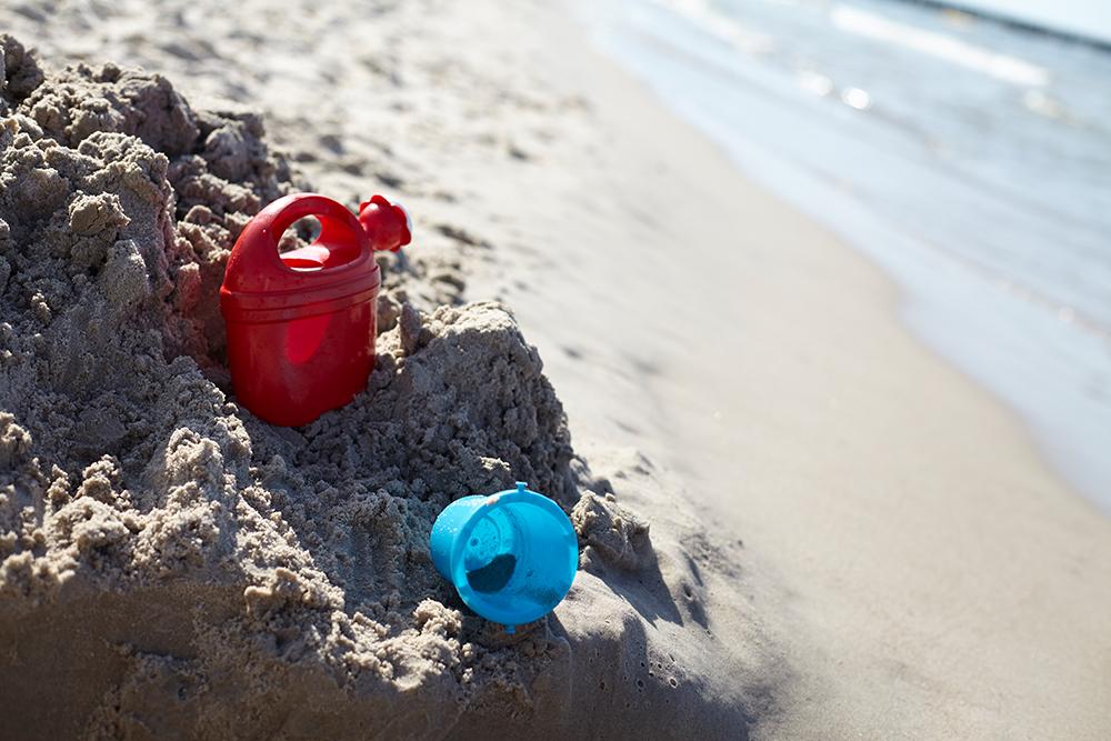 strandfoto mit sand und wasser, Strandfoto mit sonnenstrahlen