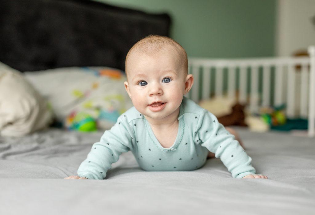 Babyfotos im ersten Jahr