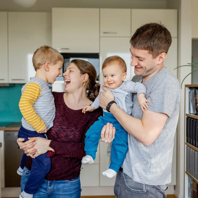 Babyfotograf Berlin zu Hause