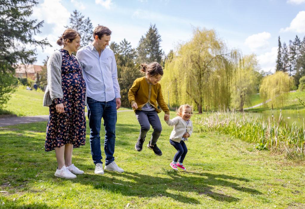 Familienfotos und Babybauchshooting, Familienshooting Outdoor, Familien Fotoshooting