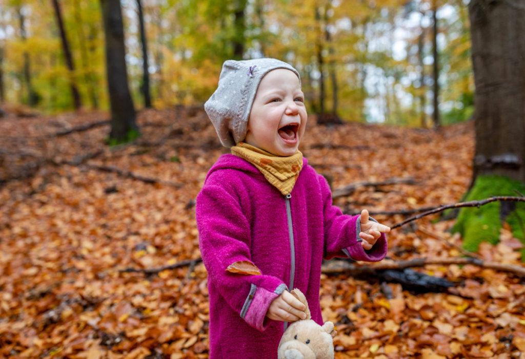 Outdoor Fotoshooting Berlin im Herbst mit der Familie Kinderfotografin Berlin